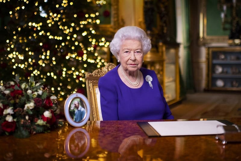 """""""No están solos"""", afirma a los británicos la reina Isabel II"""