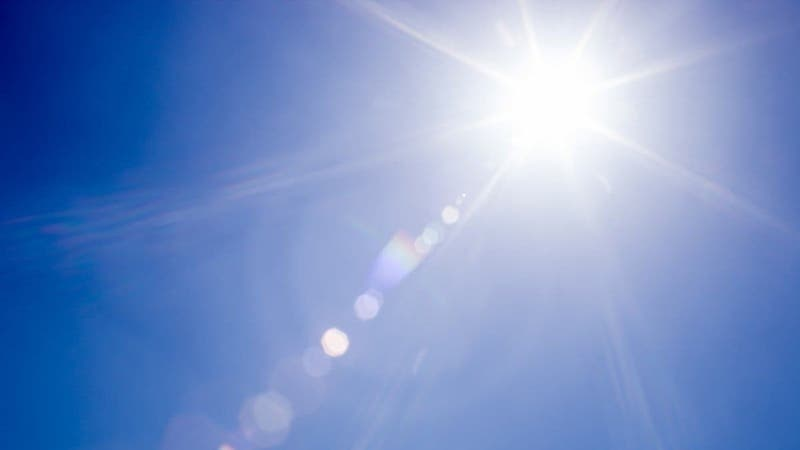 Meteorología alerta altas temperaturas para tres regiones del país
