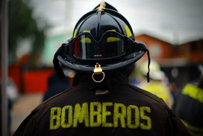 Bomberos de Talcahuano denuncia agresiones y amenazas a voluntarios en medio de incendio forestal