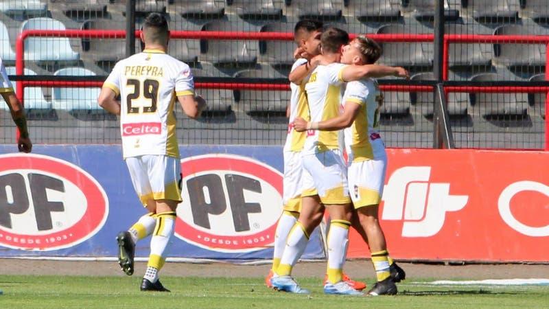 Coquimbo Unido derrota a Huachipato y se despega de Colo Colo en el fondo