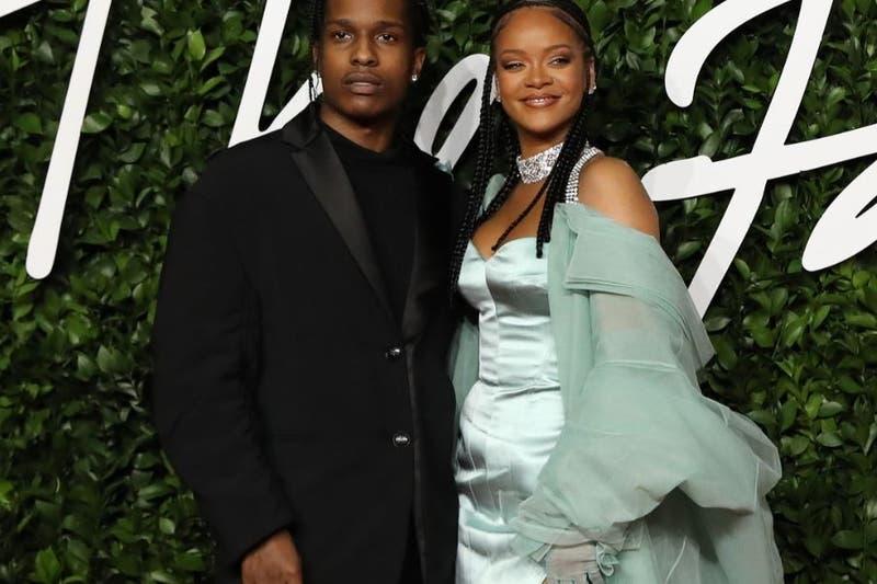 Rihanna y A$AP Rocky juntos y cariñosos en Barbados