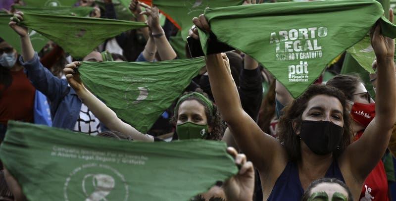 Pañuelo verde: Así nació el símbolo del aborto libre en Argentina que ya es ley