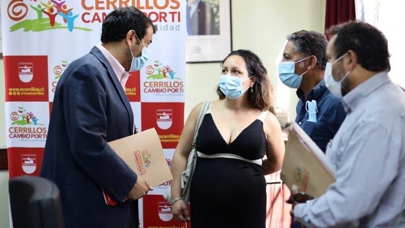 Ministro Delgado se reúne con familiares de hombre que murió en portonazo en Cerrillos
