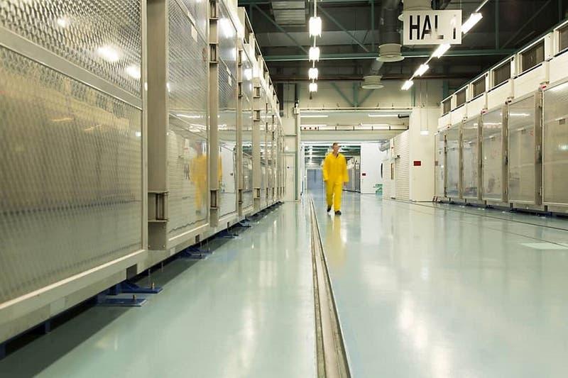 Irán cumple con su anuncio y comienza a producir uranio enriquecido al 20%