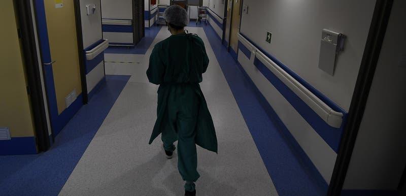 Investigan denuncias de negligencia médica en Coyhaique: A madre le dijeron que su hijo tenía mañas