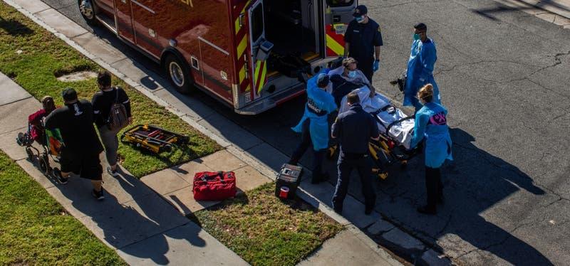 Coronavirus en EEUU: piden a ambulancias de LA no llevar pacientes con pocas opciones de sobrevivir