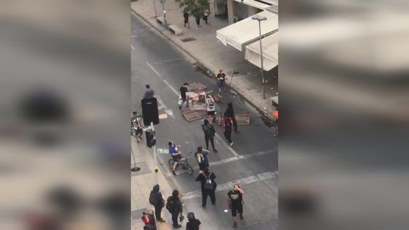Denuncian ataques a restoranes y comercio en Santiago