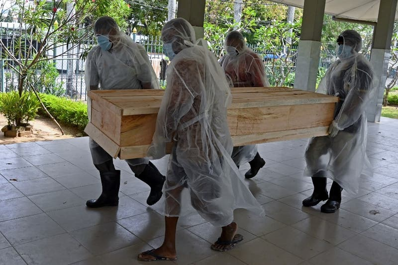 Cremación obligatoria de los muertos de covid-19 en Sri Lanka, incluidos los musulmanes