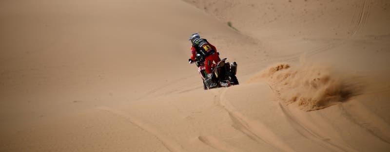 Chileno José Ignacio Cornejo se consolida en el liderato del Dakar 2021