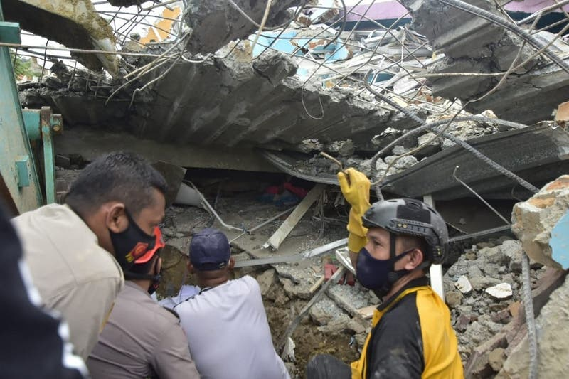 Indonesia: Autoridades confirman que terremoto deja al menos 35 muertos