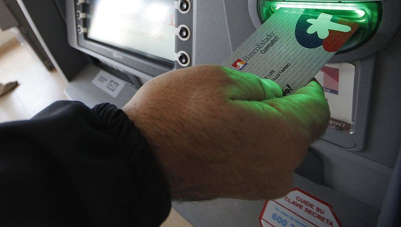 BancoEstado extenderá hasta diciembre plazo para renovar tarjetas CuentaRUT