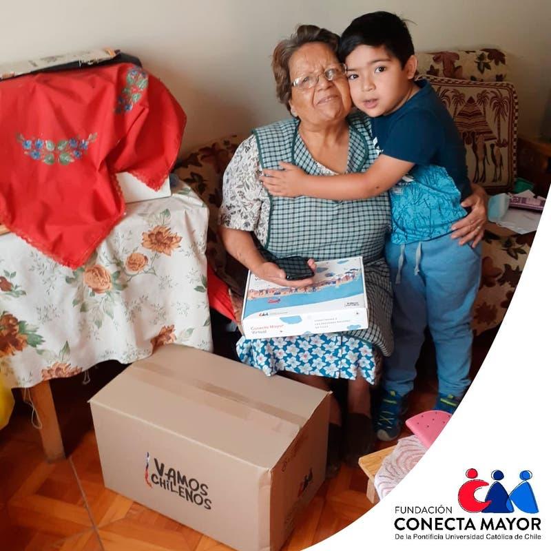 Vamos Chilenos: campaña solidaria ya llega casi a los 75 mil beneficiarios