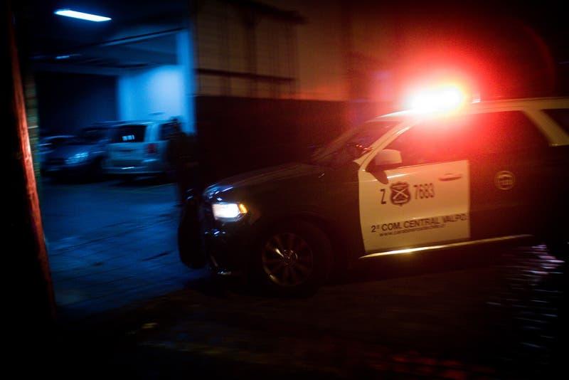 Doble sumario a carabineros: denuncian fiesta ilegal en comisaría y acoso sexual