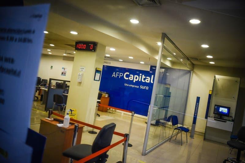 """AFP Capital: """"El ahorro se construye en el largo plazo, no cambiándose de fondo 20 veces al año"""""""