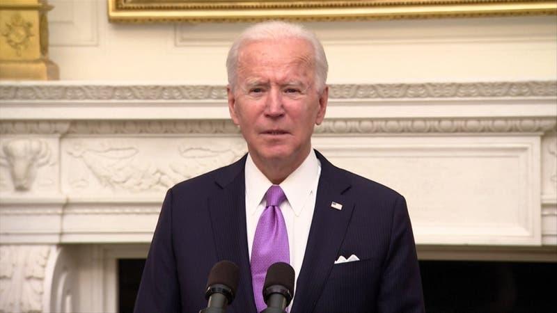 Biden toma medidas contra el COVID-19 y lo declara su prioridad en EEUU