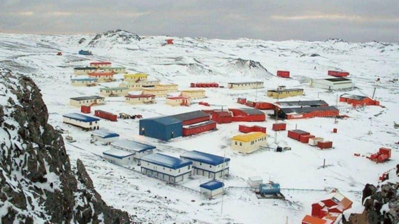 FACH confirma evacuación preventiva en Base Antártica de Chile tras terremoto 7.0