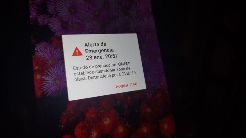 """Medios internacionales cubren """"error técnico"""" de Onemi en envío de mensajes de alerta a celulares"""