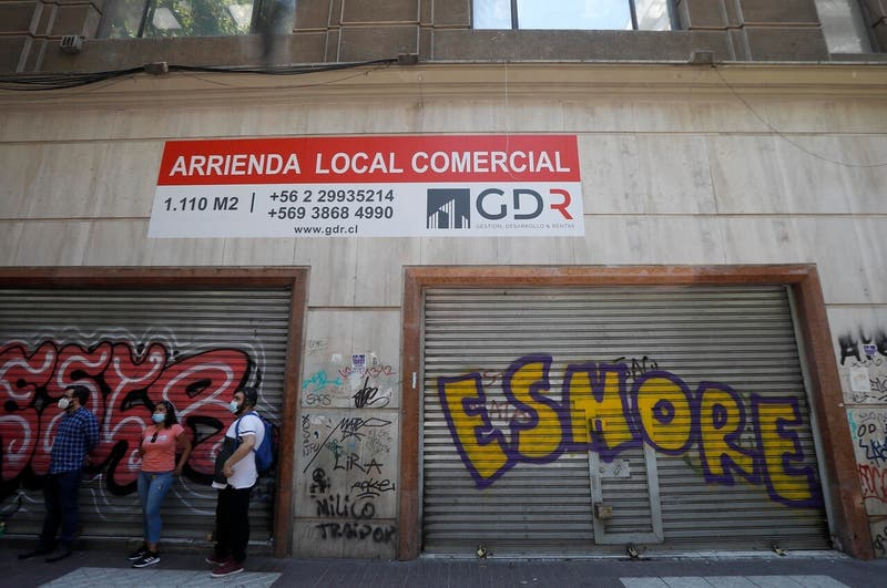 El éxodo comercial de Santiago centro: se han ido más de 500 tiendas