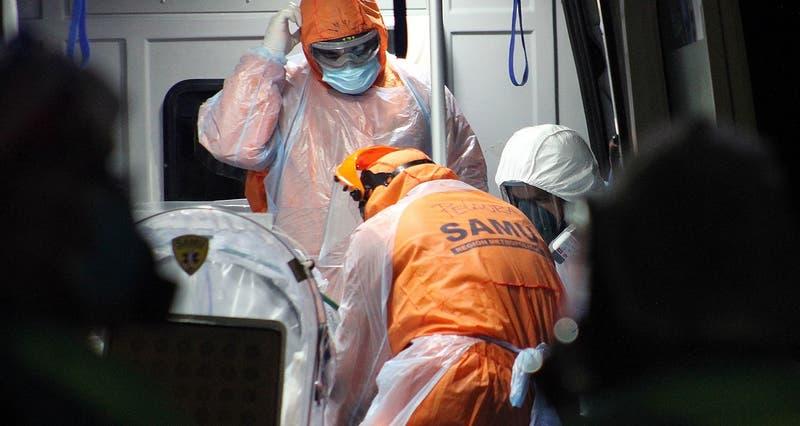 Chile registra 3.322 nuevos contagios de COVID-19 y total de muertos supera los 18 mil este martes