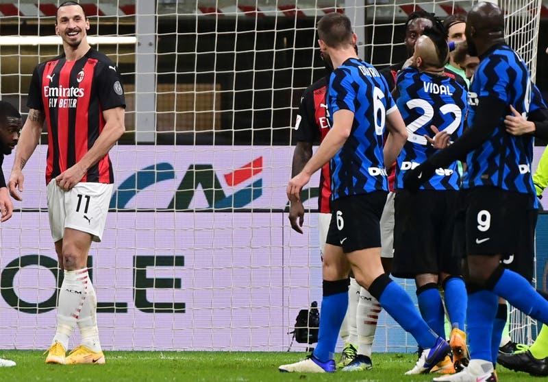 En Italia aseguran que Lukaku amenazó de muerte a Zlatan tras fuerte cruce en el derbi Inter-Milan