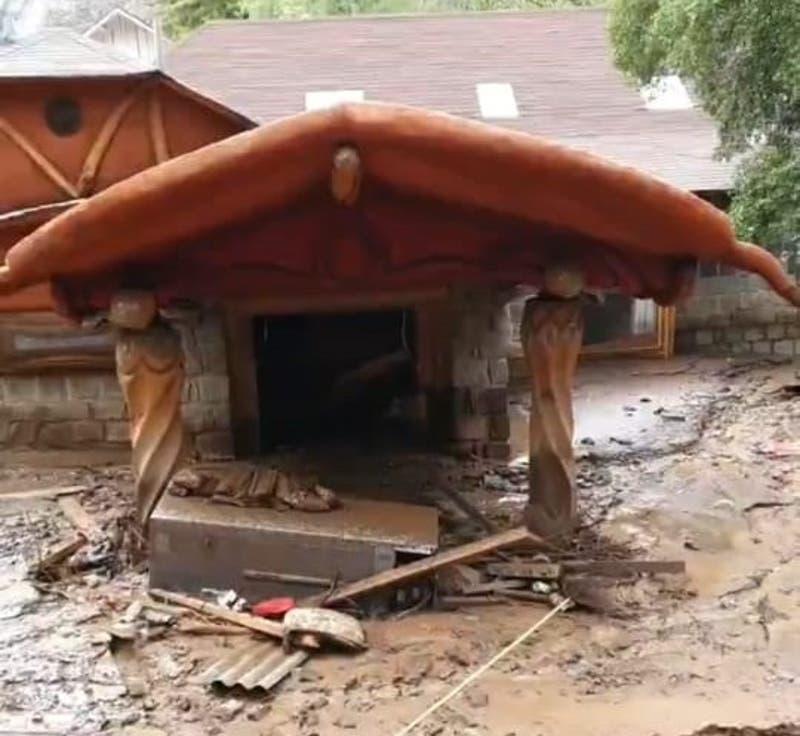 Primo de Pangal Andrade muestra cómo quedó el hotel familiar tras las lluvias en el Cajón del Maipo