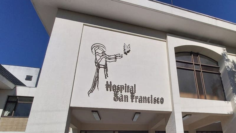 """""""Recalentamiento de pan"""" produjo principio de Incendio en Hospital San Francisco de Pucón"""