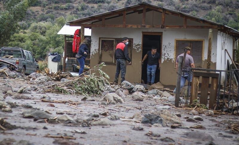 [MINUTO A MINUTO] 37 viviendas destruidas en San José de Maipo según balance Onemi