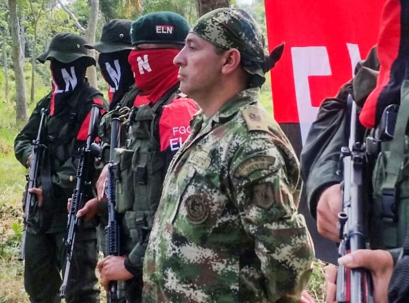 PODCAST: Colombia envía a Chile archivos secretos de la guerrilla alusivos al 18-O