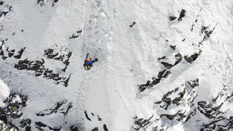 [VIDEO] Búsqueda se suspende por mal clima: montañista chileno Juan Pablo Mohr sigue desaparecido