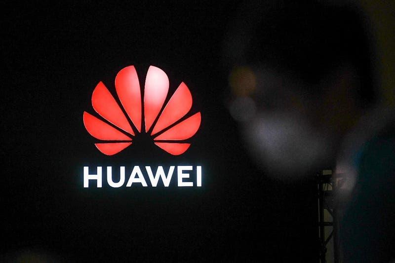 """Presidente de Huawei espera """"apertura"""" de la administración de Joe Biden"""