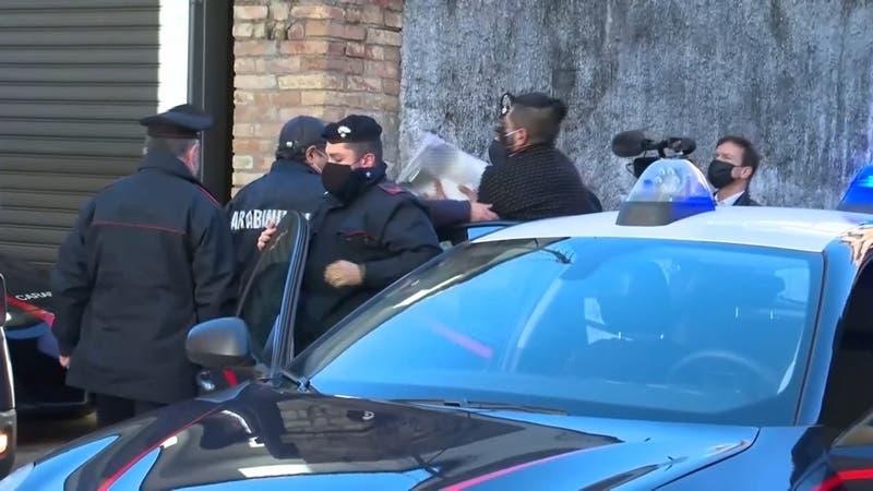 """[VIDEO] Eran los """"matones"""": Detenidos gemelos chilenos que pertenecían a mafia italiana"""