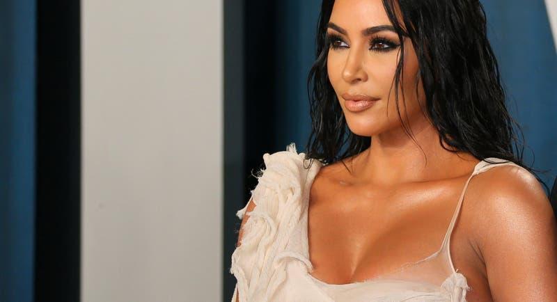 Kim Kardashian enfurecida por críticas a pintura de su hija North