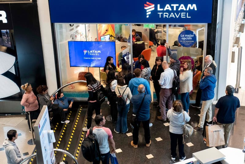 Latam Airlines realizará millonaria devolución en septiembre a pasajeros que no realizaron vuelos