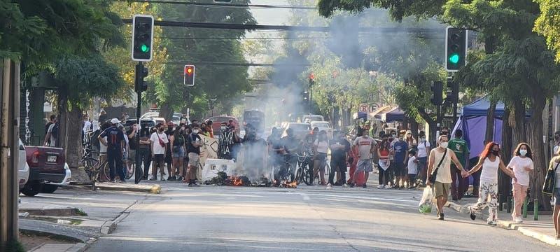 Seis detenidos en San Bernardo tras jornada de protestas contra Carabineros