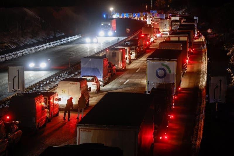 Unión Europea critica a Alemania por cerrar sus fronteras