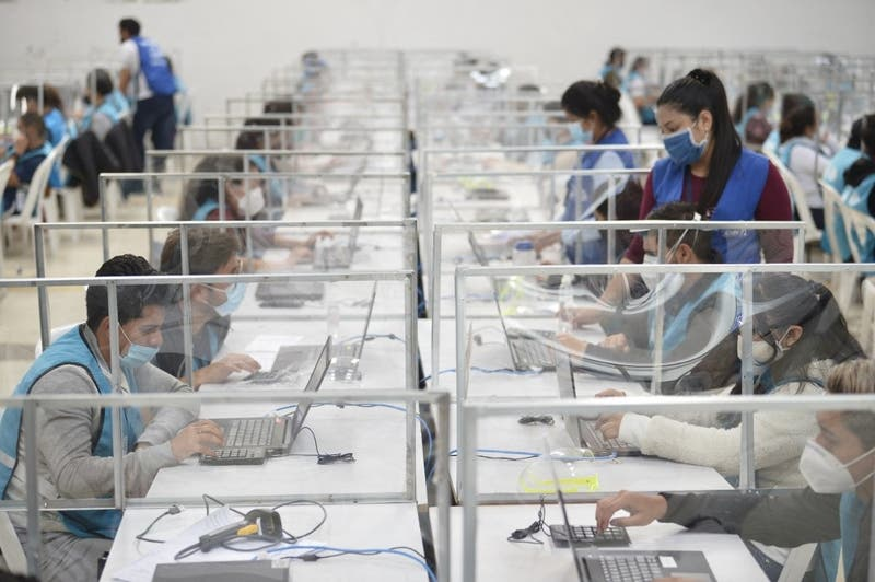 "OEA muestra ""preocupación"" por elección presidencial en Ecuador"