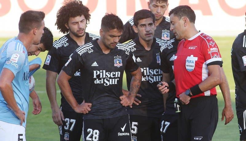Barroso queda suspendido y Fuentes podrá jugar definición entre Colo Colo y U. de Concepción