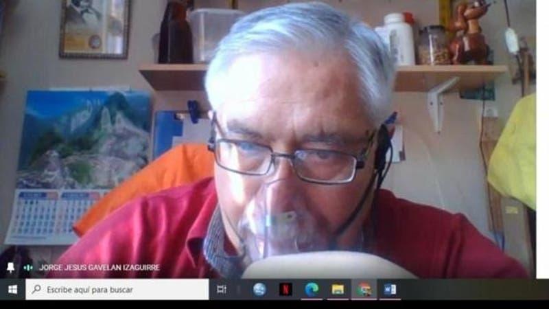 Profesor con COVID-19 falleció tras tomar su última prueba online con oxígeno a sus alumnos