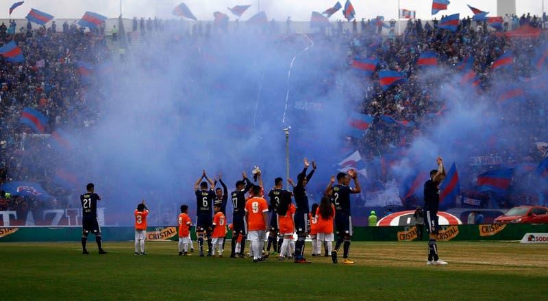 """¿Vuelve el público a los estadios en el fútbol chileno? ANFP asegura que """"estamos muy cerca"""""""