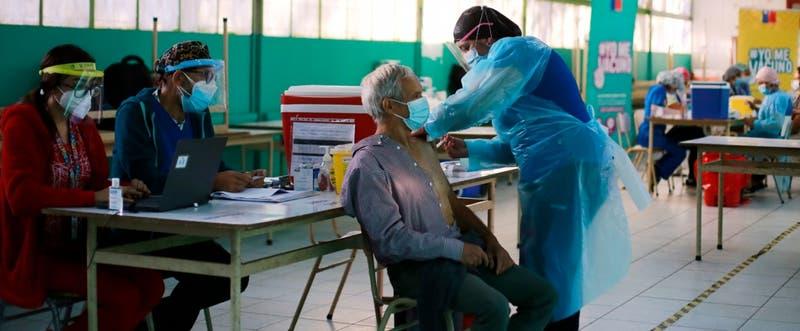 Chile se acerca a los 3 millones de personas vacunadas contra el coronavirus