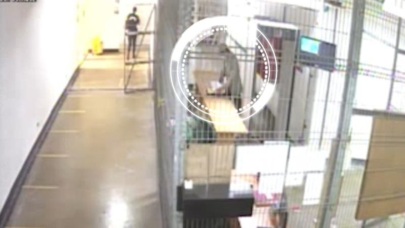 [VIDEO] Las imágenes que delatan a ex fiscal ingresando droga a penal de Alto Hospicio