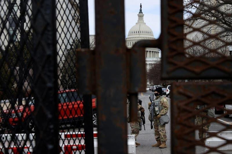 Se mantendrá refuerzo de seguridad del Capitolio por discurso de Biden ante Congreso