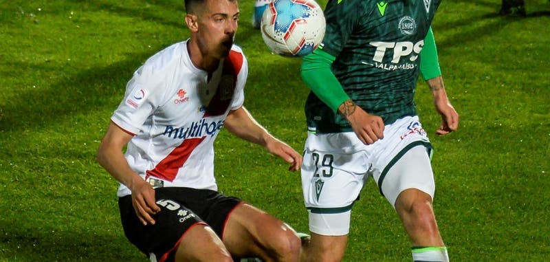 Jens Buss a 48 horas de llegar a Colo Colo como nuevo refuerzo