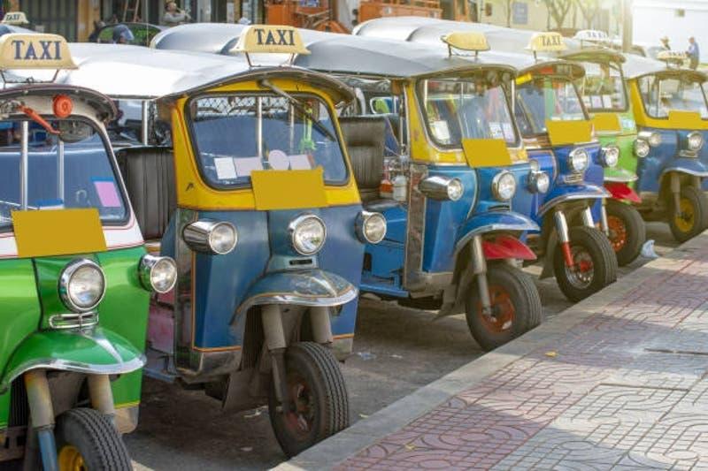 [VIDEO] Turista chileno recibe golpiza de chofer de mototaxi en Tailandia