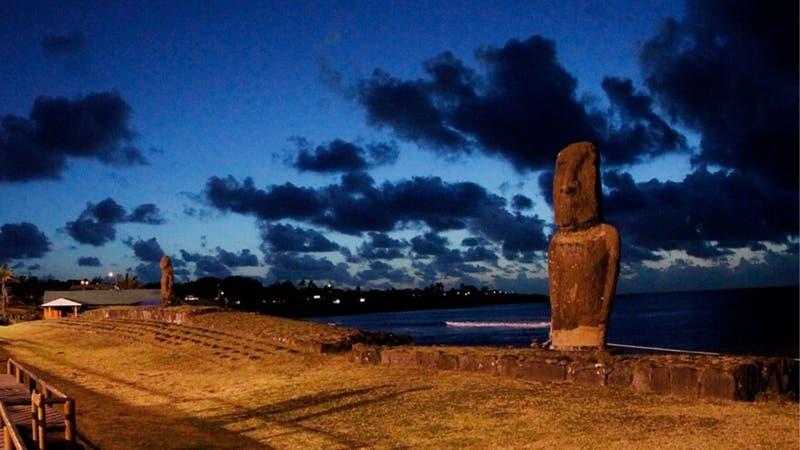 [VIDEO] Tsunami por terremoto en Nueva Zelanda: Primeras olas llegaron a Rapa Nui
