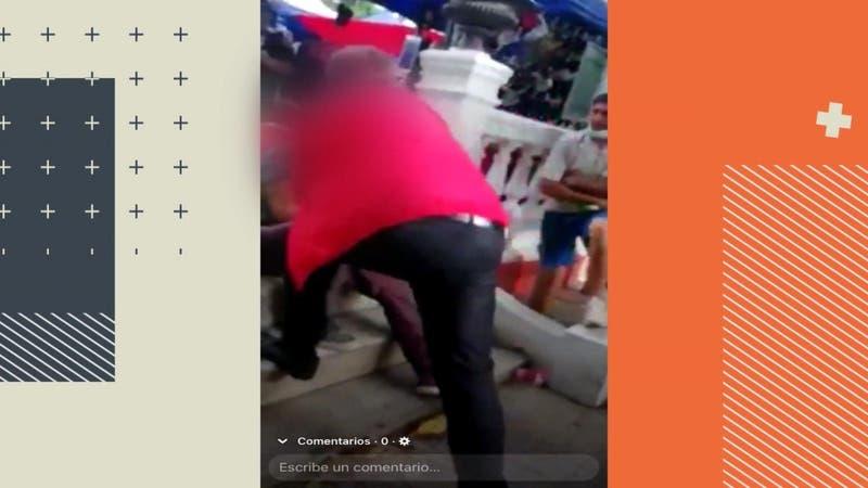 [VIDEO] Polémica por videos de alcalde de San Felipe abofeteando a persona