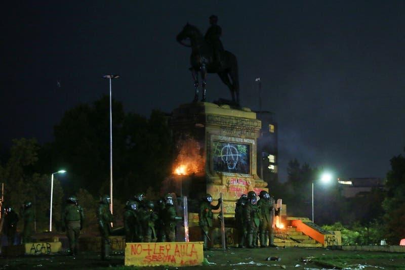 Monumento a Baquedano: 63 detenidos por incidentes