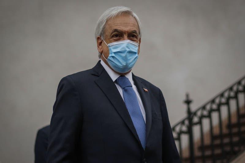 Contraloria oficia a la CMF y a fondos de inversiones por fideicomiso ciego de Presidente Piñera