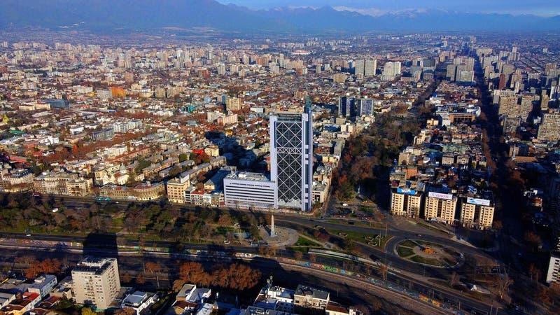 Gobierno descarta preliminarmente decretar cuarentena total en la Región Metropolitana