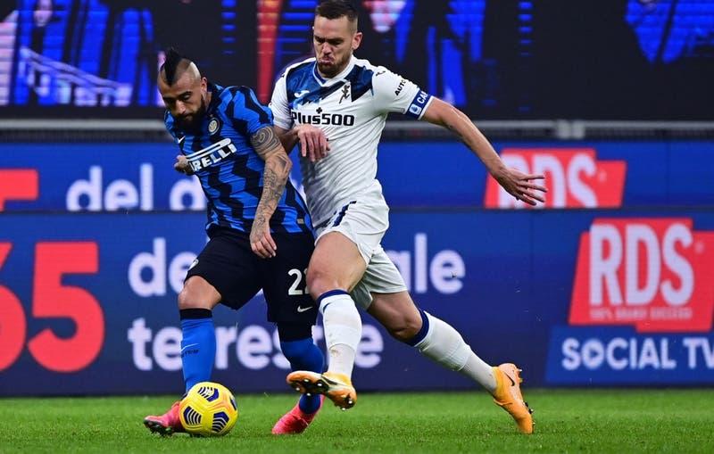 Vidal vuelve a ser titular y Alexis suma minutos en victoria del Inter sobre Atalanta por la Serie A